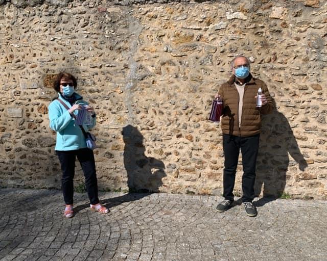Distribution de masques lavables 100%